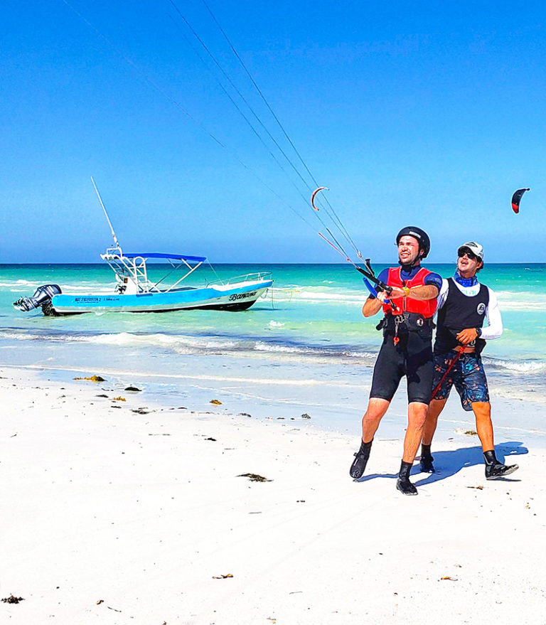 DISCOVER KITING LESSON AT HOLBOX