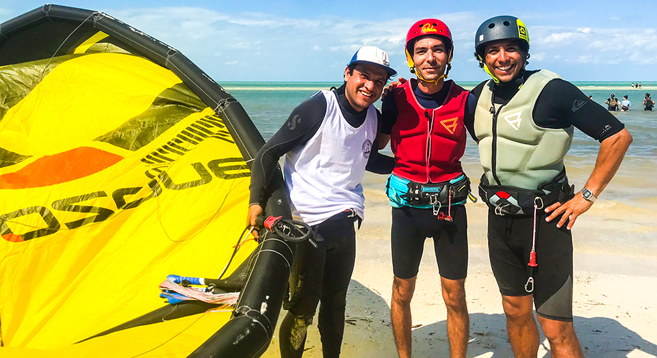 Students enjoy kiteboarding lessons at holbox island