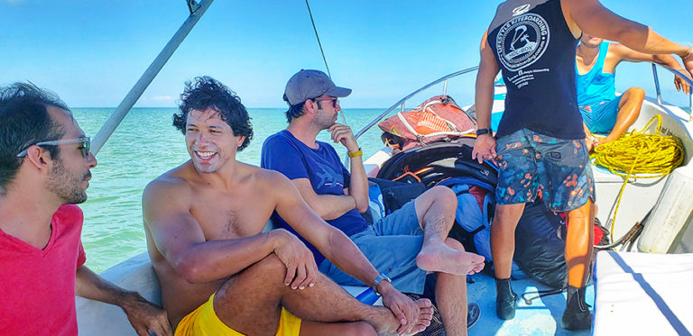 BOAT RIDE TO PUNTA MOSQUITO HOLBOX